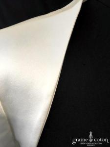 Cymbeline - Boléro en satin ivoire  (manches 3/4)