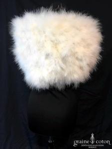 Bianco Evento - Étole en duvet de cygne ivoire clair