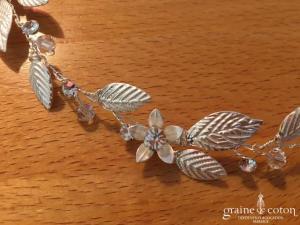 Bianco Evento - Headband bandeau feuilles argentées et fleurs cristaux Swarovski (2706 cheveux couronne)