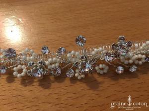 Bianco Evento - Cache peigne voile en perles ivoires nacrées et strass (676 cheveux)