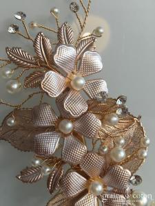 Création - Pince strass fleurs (bijou cheveux peigne)