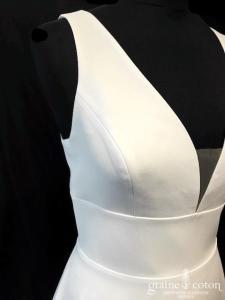 Bianco Evento - Anastasia (bretelles crêpe bohème fluide taille-haute princesse A-line dos-nu décolleté V)