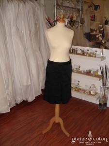 Zara - Jupe noire (non stocké en boutique, essayage sur demande)