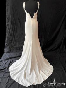 Atelier Pronovias - Orbit personnalisée (sirène crêpe de soie taille-haute décolleté-V dentelle dos-nu manches bretelles)