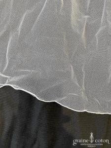 Création - Voile long de 2,50 mètres en tulle blanc (avec rabat)