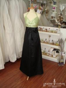 Création 100% pur moi - Robe de soirée longue en satin noir et vert anis (non stocké en boutique, essayage sur demande)