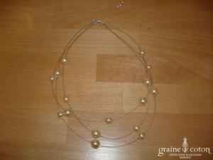 Au fil perlé - Collier 3 rangs avec perles ivoire 10 et 12 mm