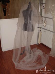 Voile en tulle blanc long 3-4 mètres