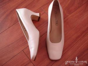 Benjamin Walk - Escarpins (chaussures) en cuir ivoire