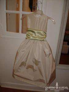 Graine de coton - Robe demoiselle d'honneur en taffetas ivoire avec ceinture de couleur