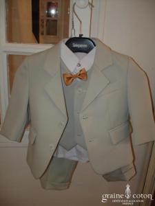 Ensemble garçon vert clair - Veste, pantalon, gilet, chemise et noeud papillon