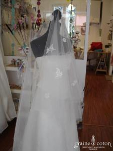 Mariées de Paris - Voile long ivoire avec dentelle et petites perles