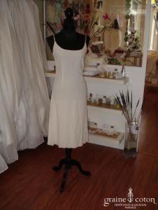Mariées de Paris - Robe fluide, idéale pour la mairie (mousseline plissée)
