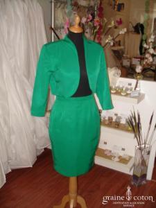 Alouette - Tailleur veste jupe vert (non stocké en boutique, essayage sur demande)