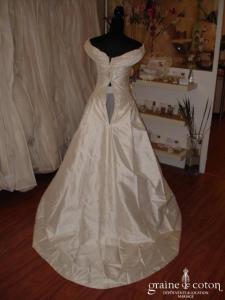 Création Haute Couture - Robe une pièce en soie sauvage ivoire